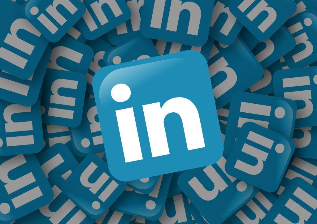 Business card career musings linkedin touts itself as the worlds largest professional network with close to 530 million users in 200 countries it is also referred to as a colourmoves